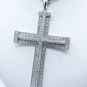 18K 1.74 ctw. diamond cross pendant.