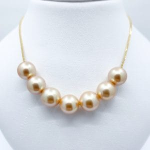 18k gold and pearl necklace