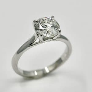 1.50 carat G/SI2 Round Diamond Solitaire