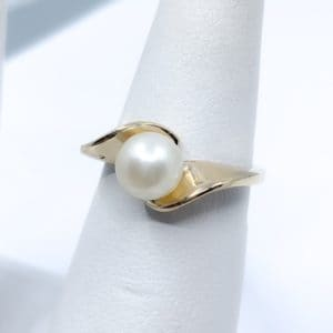 14k Yellow Gold Cultured Pearl Estate Ring