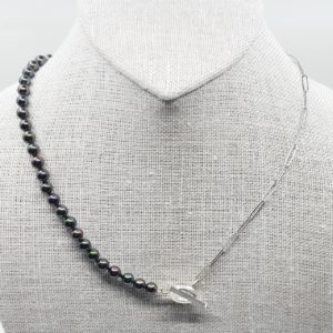 Black Fresh Water Pearl Necklace
